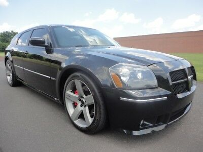 2006 Dodge Magnum SRT8 SRT-8 SRT 8 2006 DODGE MAGNUM SRT-8 NAV SUN ROOF HEATED SEATS 1OWNER CLEAN CARFAX WE FINANCE