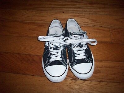 Converse One Star Sneakers Black Low Top Lace Up Shoes Womens size 6.5