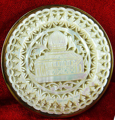 Beautiful Pierced And Carved Mother Of Pearl Shell Powder Compact - Building