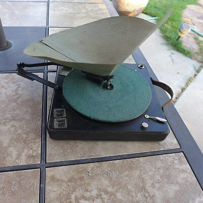 Antique Brunswick Parisian Wind Up 78 Rpm Phonograph With Fold Out Paper Horn