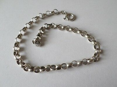 Petite sterling silver curb link bracelet 5.8 grams  - 8 inches or 20 cm