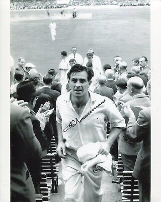 Cricket legend FREDDIE TRUEMAN signed 300th test wkt photo UACC DEALER SIGNING