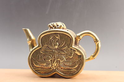 Exquisite  Chinese hand carved cat brass teapot ar1