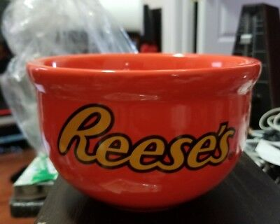 Reeses's Hershey Peanut Butter 2011 Vintage Candy Bowl