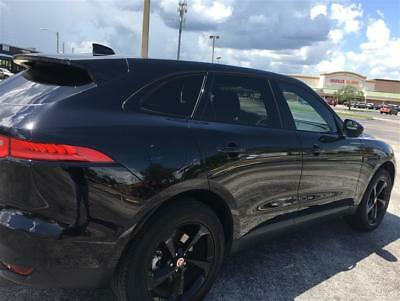 2017 Jaguar F-Pace 35T Premium vehicle