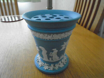 "Wedgwood Jasper Ware Blue Vase 5"" X 4.5"" With Frog .excellent Condition"