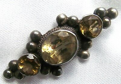 Vintage 925 Silver Bar Brooch Decorated With Citrine Stones.