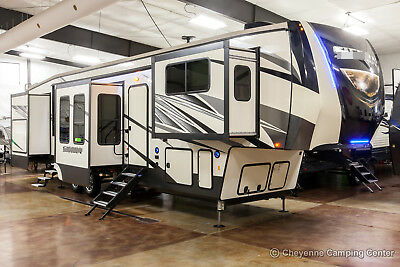 New 2019 379FLOK Front Living Room 5th Fifth Wheel Extended Season RV 6 Slides