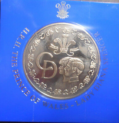1981 Charles & Diana Wedding  Medal 38mm NICE Plastic collar not included