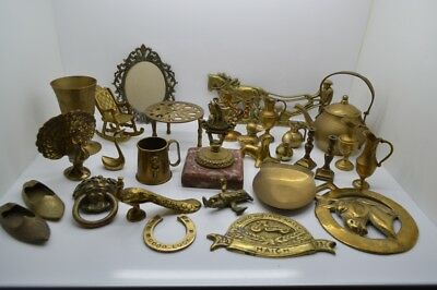 Job lot of old brasses  lots of items, large lot.