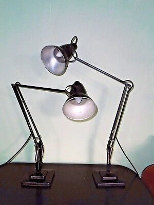 A Nearr Pair Of Herbert Terry Anglepoise Articulated Desk Lamp Lights 1227