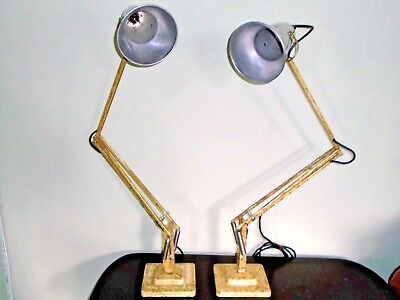 A Near Pair Of Herbert Terry Anglepoise Articulated Desk Lamp Lights 1227