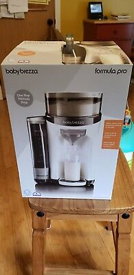 Babybrezza formula pro. One step prep. Excellent condition.  Used 5 times.
