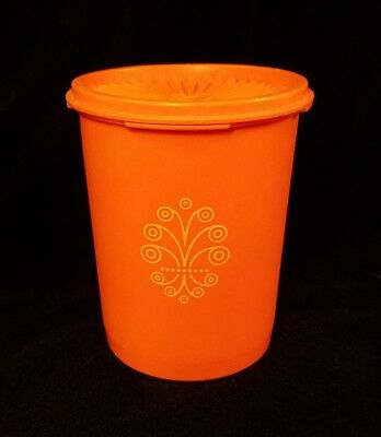 """Tupperware Vintage Servalier Canister ORANGE 6"""" tall #811 With Lid 812"""