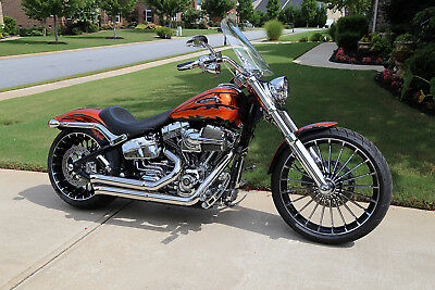 2014 Harley-Davidson Softail  CVO BREAKOUT 117 SCREAMIN' EAGLE ENGINE