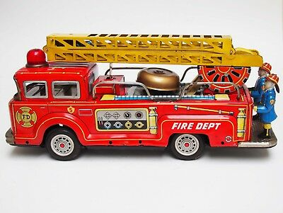 VINTAGE TINPLATE LARGE FIRE ENGINE K-119 KOKYU JAPAN 1960s