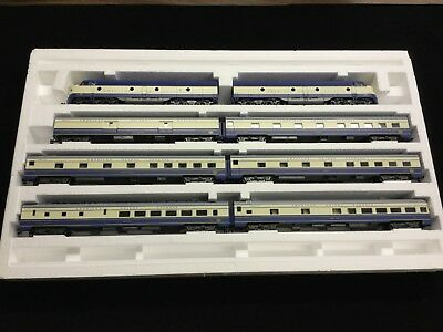 Rivarossi HO American Orient Express Loco & Six Beautiful Cars - Limited Edition