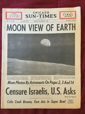 Apollo 8 - EARTHRISE PHOTO - Moon - Space Program - 1968 Chicago Newspaper