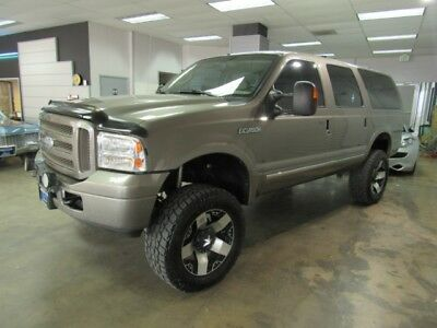 2005 Ford Excursion Limited 6.0L 4WD 2005 Ford Excursion Limited 92k Miles OVER $10k in service work
