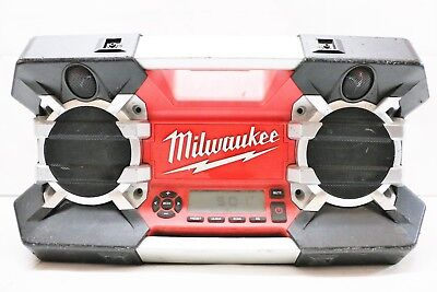 Milwaukee Jobsite Radio 12V-28Volt with USB & Auxiliary Ports (Item no. 2790-20)