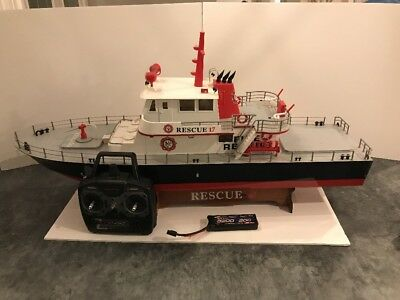 Aquacraft Rescue 17 RC Boat With Transmitter  Shoots Water Up 10' Preowned Used