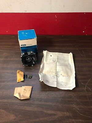 1979 Ford Ltd Dash Clock Nos Ford 818