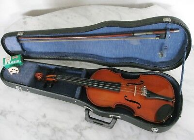 Vintage SKYLARK VIOLIN with BOW & Hard CASE 1/8th suit Beginner age 4-6 years