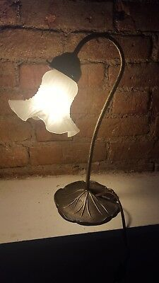 Vintage Mid-century Brass Antique Bronze Leaf Table Lamp Desk Light