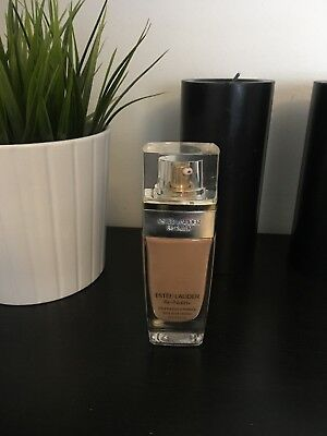 Estee Lauder Re Nutriv Ultra Radiance Foundation - Shell Beige 4N1