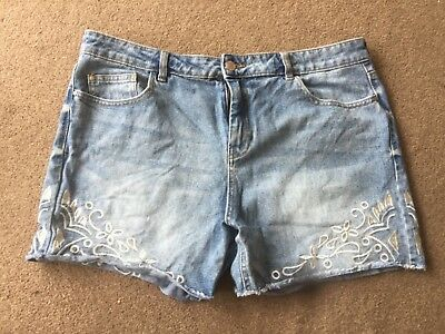 F&F denim shorts with embroidery on. Size 16. Festival. Summer.