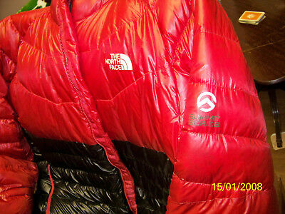 Summit Series 850 Fill TNF Packable North Face