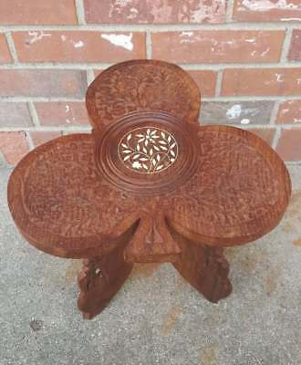 Vintage Foot Stool Bench Seat Carved Teak Wood 3 Leaf Clover Seat 11.5x11.5x12