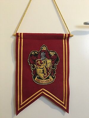 Harry Potter Gryffindor Genuine Crest Banner Flag