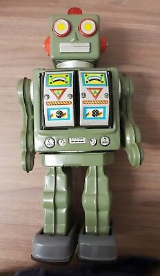 Battery Operated Tin Plate Robot Made In China Partly Working In Need Of Repair