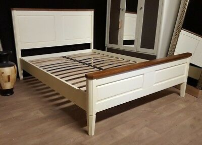Bentley Designs Sophia 2 tone Bedstead Antique White Oak 150cm King Bed RRP£650