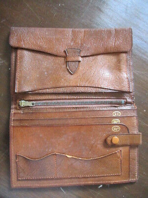 Vintage leather wallet with compartments for 10/- 20/- shilling notes