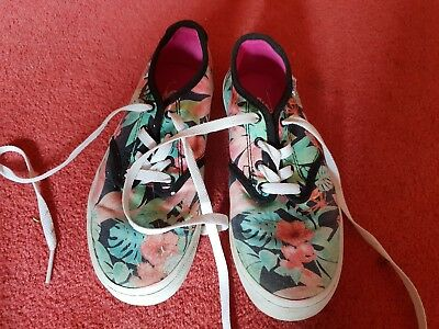 Vans Shoes Size 3