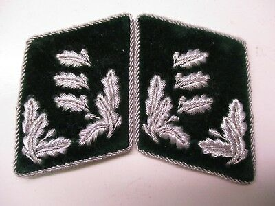 WWII German Luftwaffe Forestry Service Collar Insignia for OBERFORSTER
