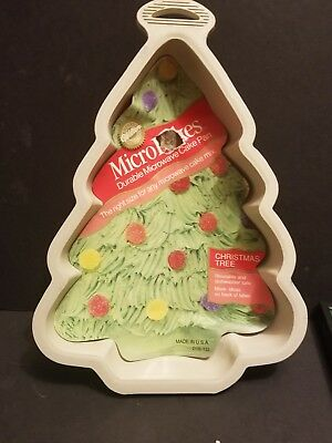Vintage 1989 MicroBakes Cake Pan Christmas Tree Wilton Made in U.S.A. 2108-122