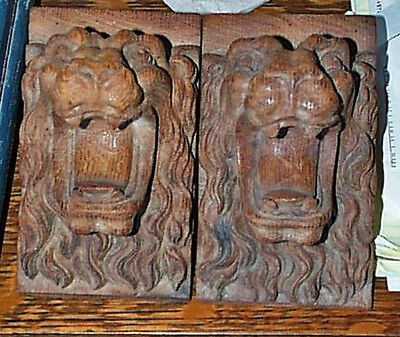 Great Pair 19th C. Gothic Wooden Solid Oak Intricate Lion Head Carved Corbels