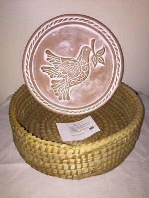 Serry Peace Dove~Round Clay Tile  Bread Warmer With Basket ~New