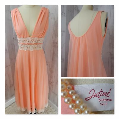 1960s Vintage Intime NEGLIGEE NIGHTGOWN LACE LINGERIE Apricot Pinup Bombshell SP