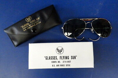 Pilot's Flying Sunglasses W/carrying Case