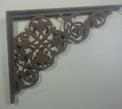 Antique Single Cast Iron Ornate De La Fleur Design Shelf Bracket Intricate