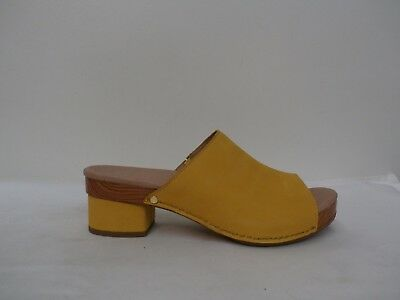 7083e04d9482a2 Dansko Leather or Nubuck Clogs - Maci YELLOW Size 39 (8 US)