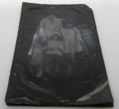 Original Vintage Antique Tintype Ferrotype Photo Mother And Daughters