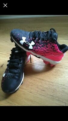 Girls Softball Shoes - Under Armour Size 1.5