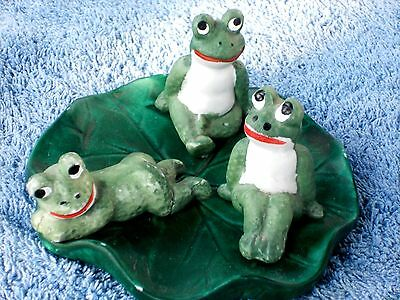 3 little Frogs resting on a Lilly Pad - Porcelain painted