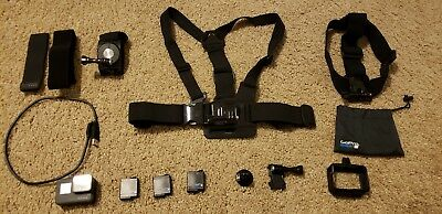 GoPro Hero 6 Black Bundle Pretty much brand new with extra mounts & 3 batteries
