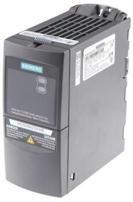 Siemens MICROMASTER 440 Inverter Drive 0.37 kW, 0 â?? 550Hz Out, 3-Phase In, 400
